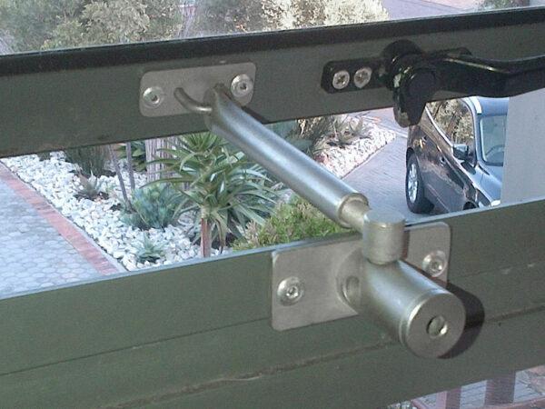 Aluminium window lock - window restrictor - Locklatch