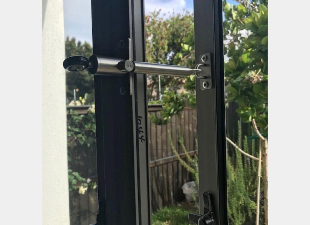 Lock-your-doors-and-windows