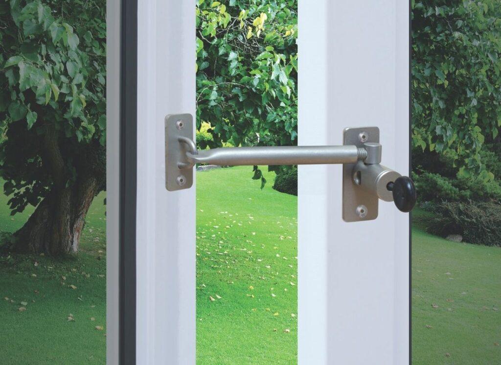 ventilation-in-home-locklatch